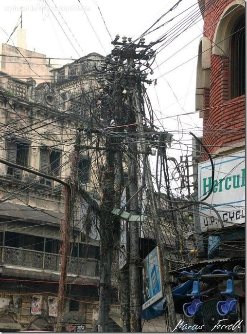 picture from india tech for everyone rh techpaul wordpress com India Cabling Mess India Telephone Lines Mess